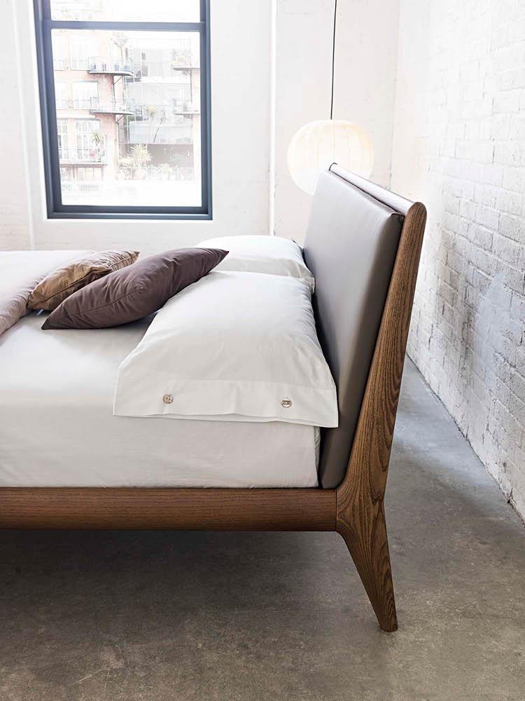 Morassutti letto allyson baustudio for Studio in camera da letto
